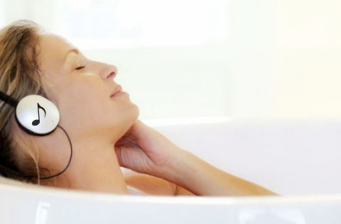 escuchar música que relaja